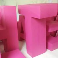dekoracja eventowa - litery grubości 20 cm, stojące samodzielnie