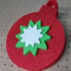 świąteczna dekoracja z brokatem - bombka