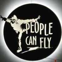 logo z pcv, podświetlone od tyłu
